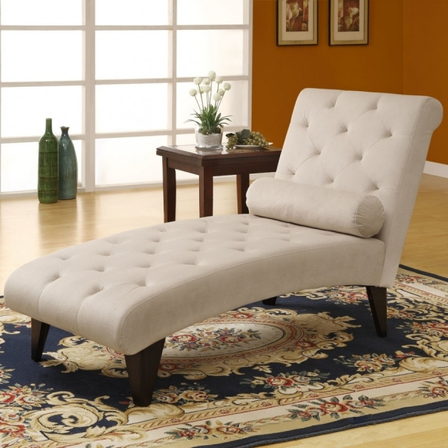Chaise Lounge Sofa Tufted Gently Contoured Decorative Ideas Cylindrical Pillow White Color Velvet Upholstery Photo 07