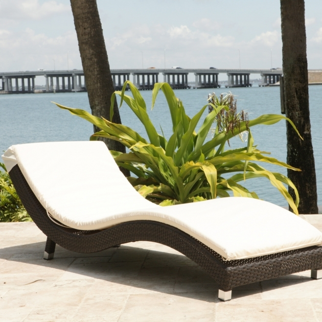 Patio Chaise Lounge Outdoor Ideas 2017 Photos 36