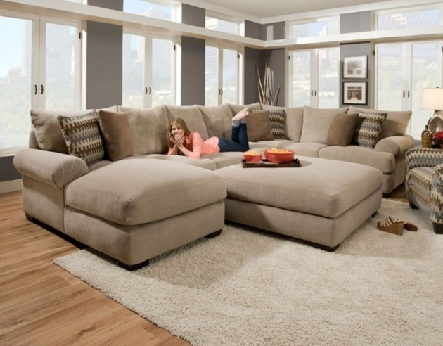 Deep Sectional Sofa With Chaise On Six Striped And Brown Style Chusions Big Size Cream Modern Living Room Images 90