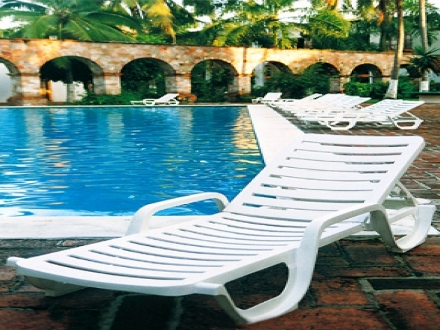 Plastic Chaise Lounge Chairs Cheap White Resin Outdoor Furniture Images 26