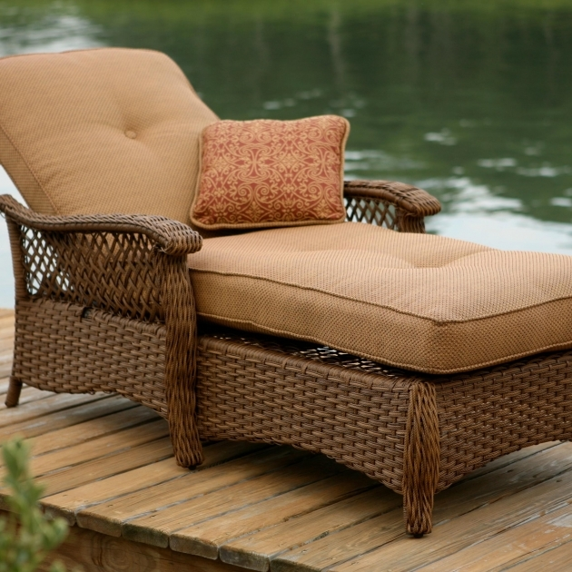 Wicker Chaise Lounge Verandas Photos 49