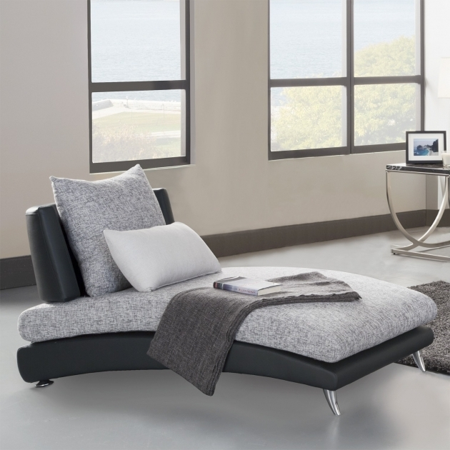 Bedroom oversized chaise lounge chair and white comfort for Black and white chaise lounge