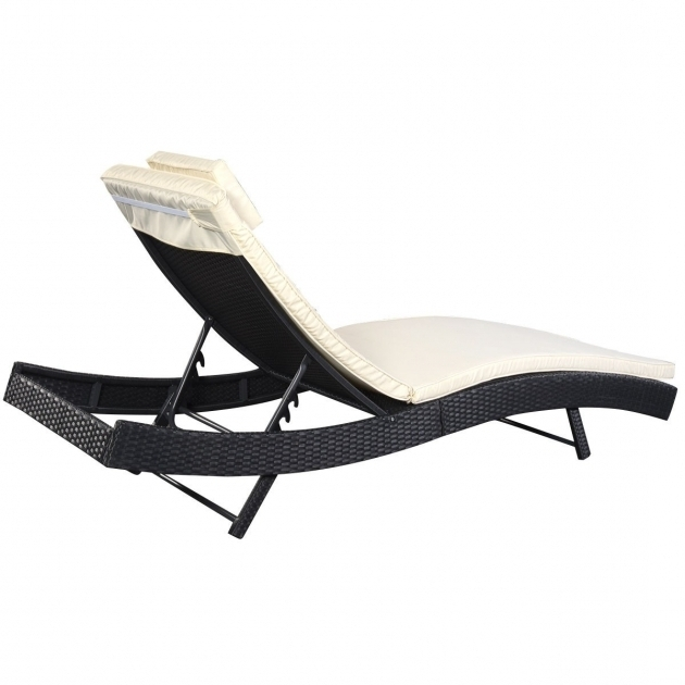 Cheap outdoor chaise lounge chairs wicker patio furniture for Chaise cushions cheap