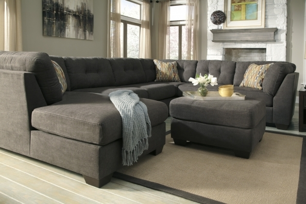 Contemporary grey tufted sectional sofa with chaise back for Chaise decorative