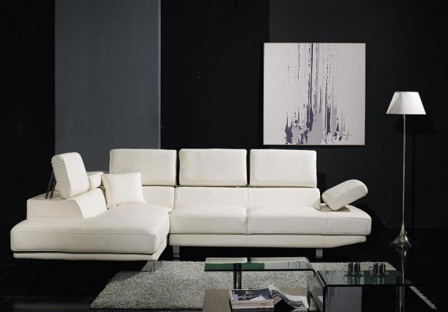 Italian Modern White Sectional Sofa With Chaise Photo 16
