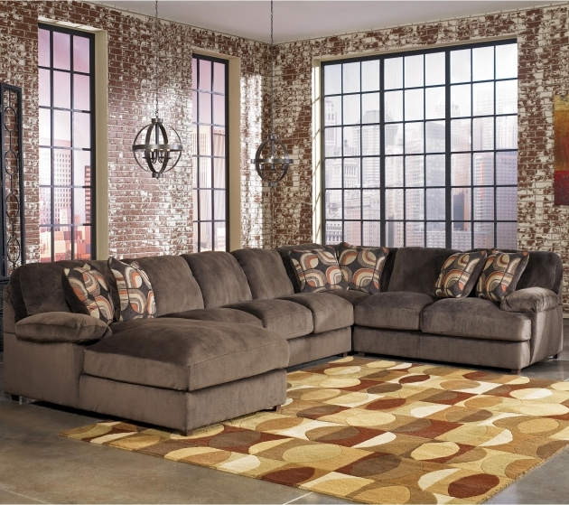 5 piece sectional sofa with chaise benchcraft cresson for Ashley sectionals with chaise