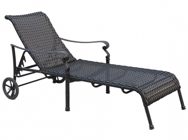 Black wrought iron chaise lounge chairs picture 37 for Black wrought iron chaise lounge