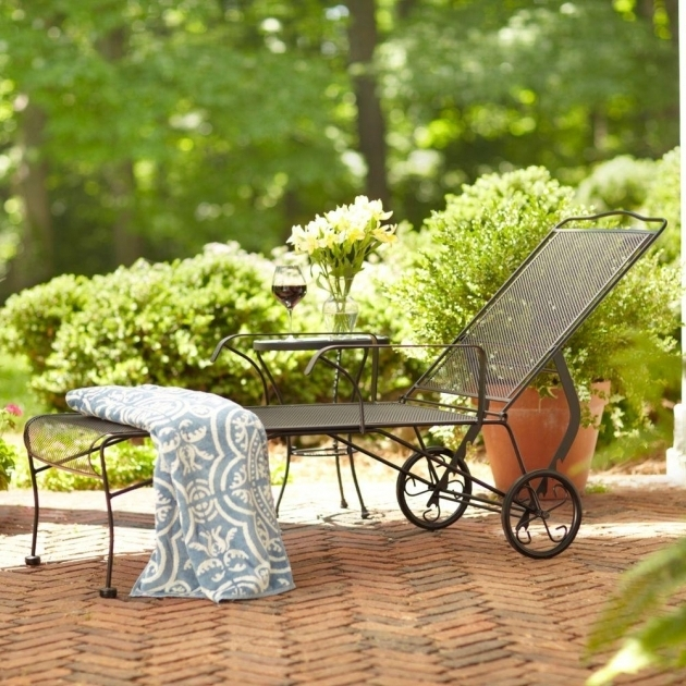 Outdoor Patio Furniture Wrought Iron Chaise Lounge Chairs Pictures 19