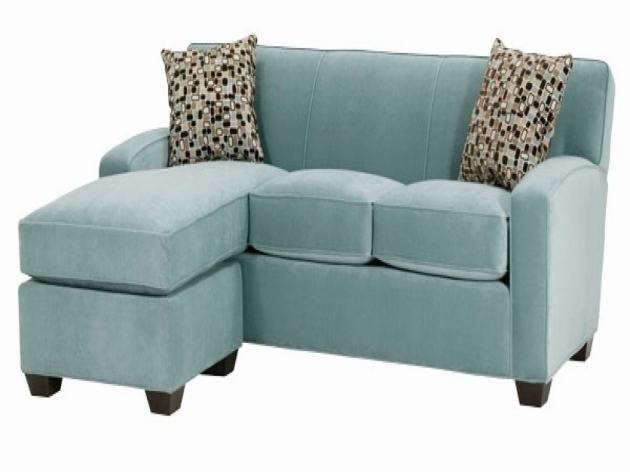 Apartment size sectional sofa with chaise home for Apartment size chaise lounge