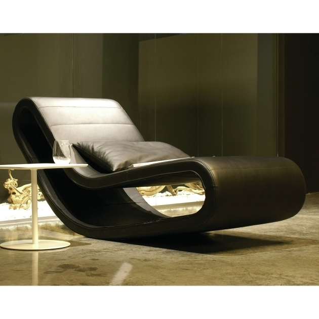Oversized chaise lounge chair home furniture ideas photos for Adrienne chaise lounge