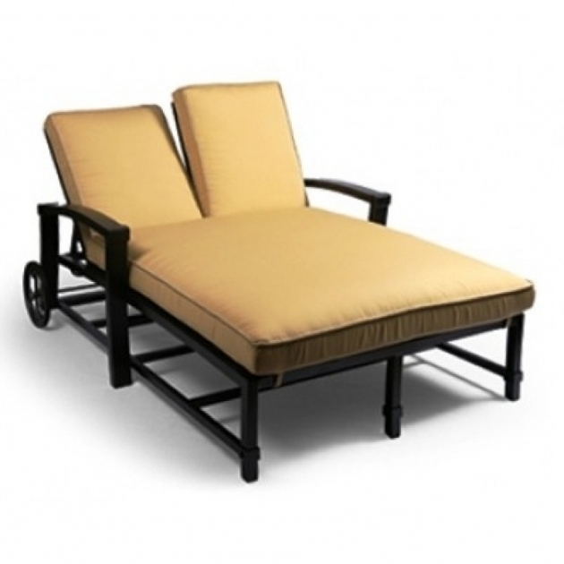 Monaco cushions chair home depot patio cushions hampton for Better homes and gardens azalea ridge chaise lounge