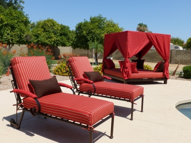 ModernCheap Outdoor Chaise Lounge Chairs With Cushions Red White Striped Using Resin Wicker Furniture Photo 59