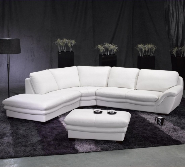 Riviera Leather White Sectional Sofa With Chaise Picture 14